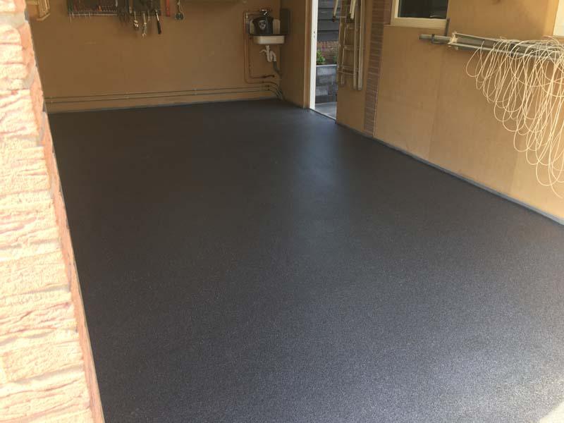 Garagevloer – oerdegelijke kunststof gietvloer in garage (vloer garagebox)