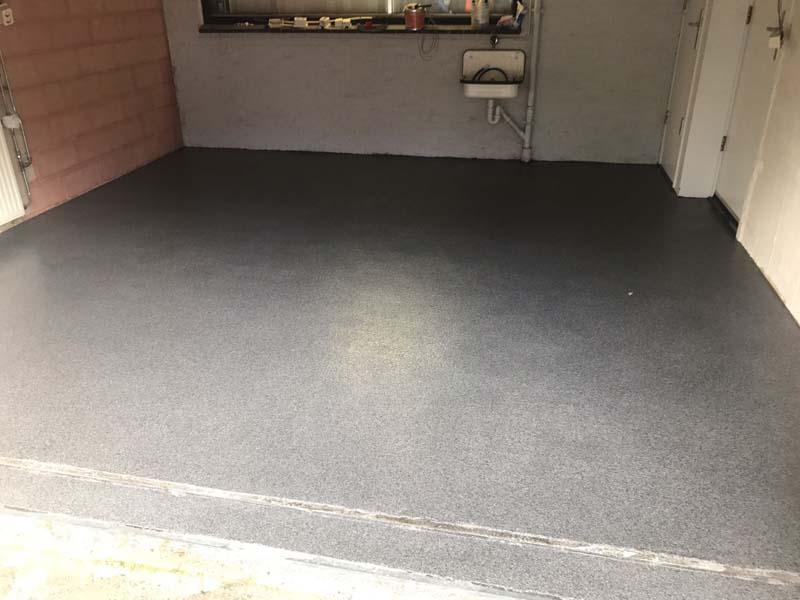Garagevloer Landsmeer – vloeistofdichte kunststof gietvloer garage Noord-Holland