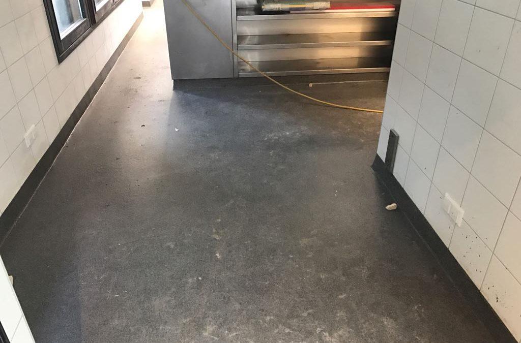 Vloeistofdichte vloer Amsterdam – horecavloer restaurantkeuken (HACCP)