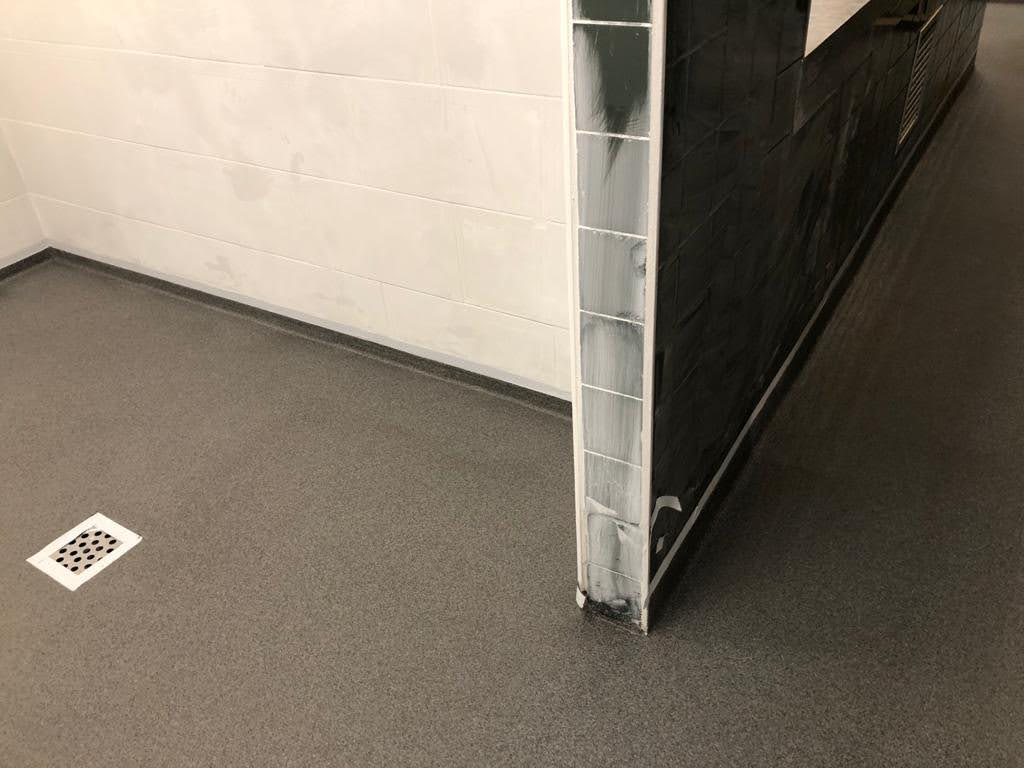 Drie horecakeukens voorzien van nieuwe PMMA-vloer